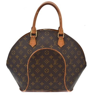 Lot 28-A Louis Vuitton monogram Ellipse bag