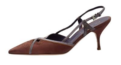 Lot A pair of Prada heels