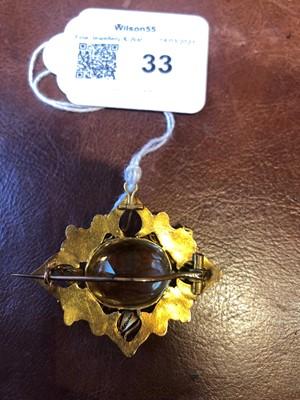 Lot 1 - A Victorian citrine brooch