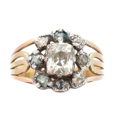 Lot 202 - A Georgian diamond cluster ring