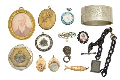 Lot 106 - A selection of jewellery