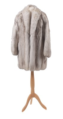 Lot 113 - A fox fur coat