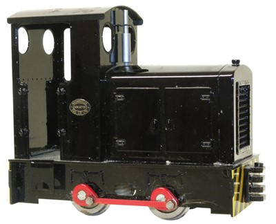 Lot 56-Roundhouse 'Little John' battery-powered 16mm 0-4-0 diesel locomotive.