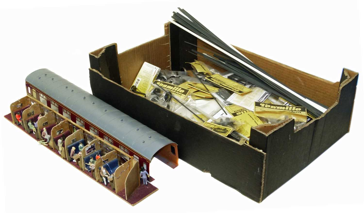 Lot 9-Box containing various modelling items
