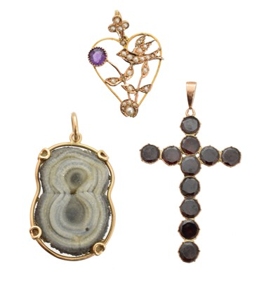 Lot 82 - Three gem-set pendants