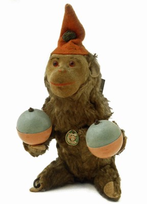 Lot 38-German monkey automated clockwork toy