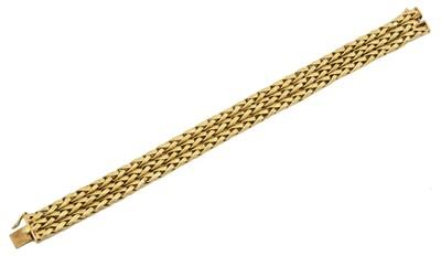 Lot 16 - A 1960s 18ct gold bracelet