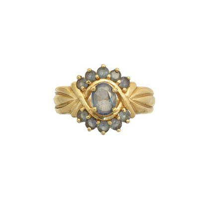 Lot 196 - An 18ct gold synthetic alexandrite cluster ring