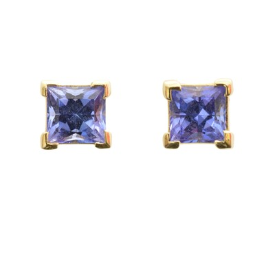 Lot 71 - A pair of tanzanite stud earrings