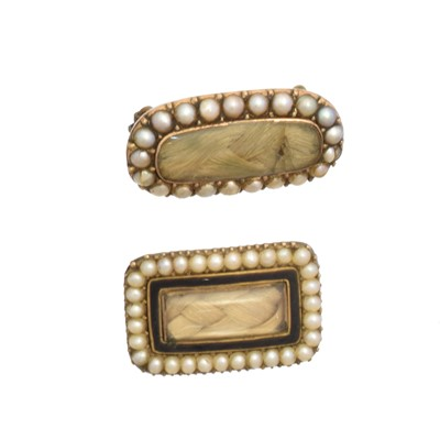 Lot 15 - Two Victorian mourning brooches