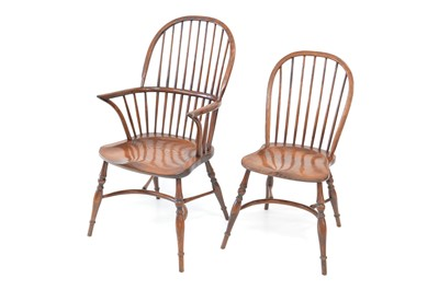 Lot 375 - 20th-century oak and elm Windsor chairs