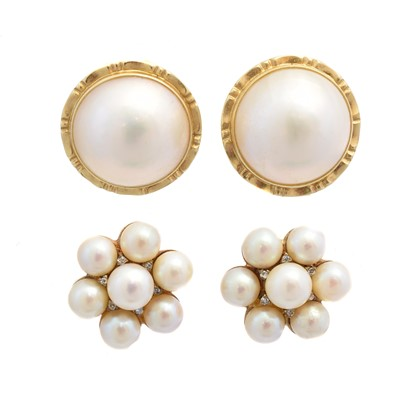 Lot 77 - Two pairs of cultured pearl earrings