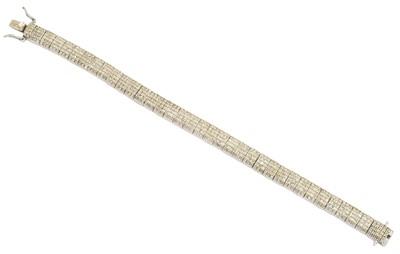 Lot 7-A silver diamond bracelet