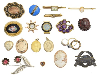 Lot 129 - A selection of jewellery