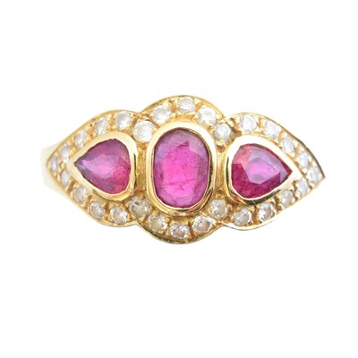 Lot 139 - An 18ct gold ruby and diamond cluster ring