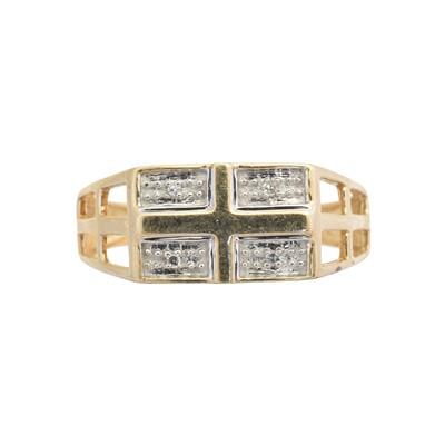 Lot 105 - A diamond dress ring