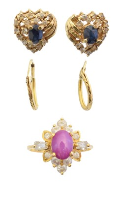 Lot 49 - A selection of jewellery