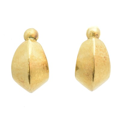 Lot 81 - A pair of earrings by Ilias Lalaounis