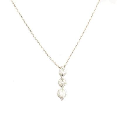Lot 101 - A diamond pendant
