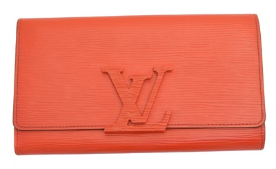Lot 51 - A Louis Vuitton Epi 'Louise' wallet