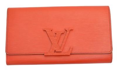 Lot 51 - A Louis Vuitton Epi 'Louise' wallet