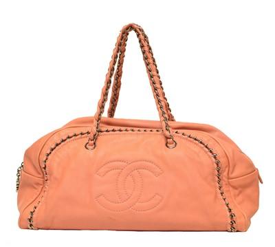 Lot 25 - A Chanel Cahin Bag