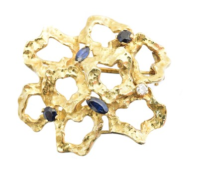 Lot 20 - A 1960s sapphire and diamond brooch