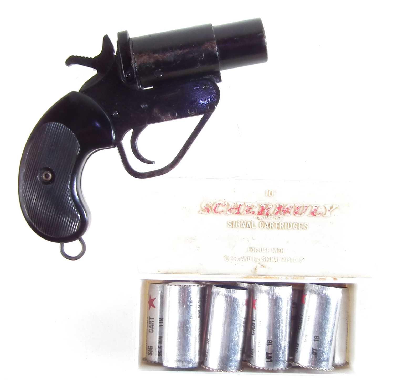 Lot Flare pistol 1 inch calibre serial number 134907