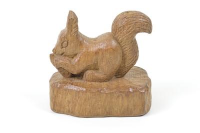 Lot Squirrelman carved squirrel.