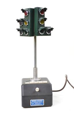 Lot 134 - Traffic Light Model