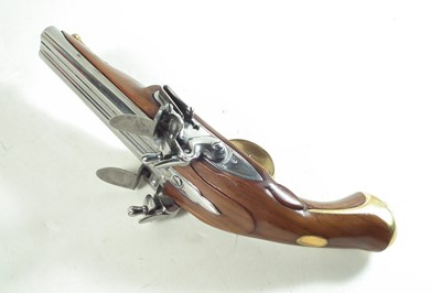 Lot Inert reproduction flintlock double barrel pistol