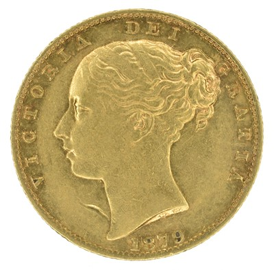 Lot 69 - Queen Victoria, Sovereign, 1879, Sydney Mint.