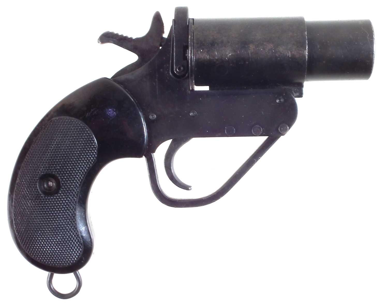 Lot British No.2 Mk V 1 inch signal pistol