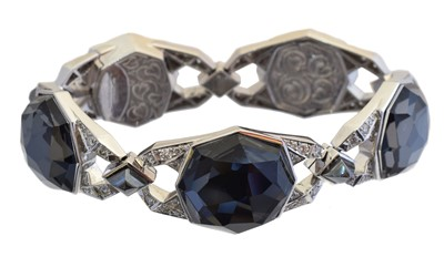 Lot 15 - An 18ct gold quartz, diamond and haematite bracelet by Stephen Webster