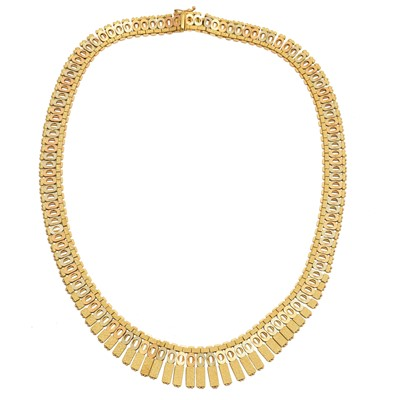 Lot 72 - An 18ct gold necklace