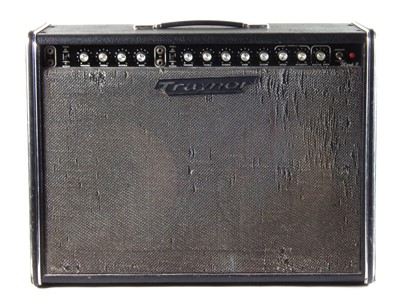 Lot 6 - Traynor guitar amplifier