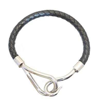 Lot 62 - A Hermès Jumbo bracelet
