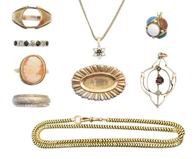 Lot 53 - A selection of jewellery