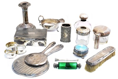Lot 115 - A selection of silver