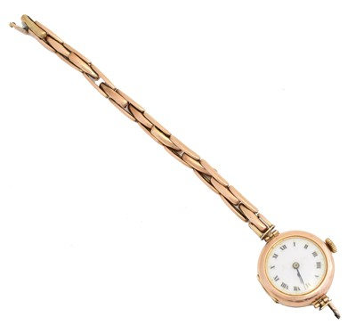 Lot 63 - An early 20th century 9ct gold cased watch