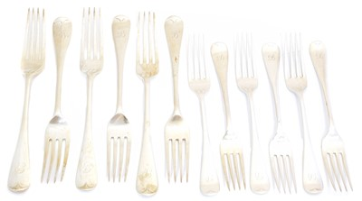 Lot 106 - A selection of silver forks