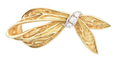 Lot 3 - A diamond brooch by Dan Frere