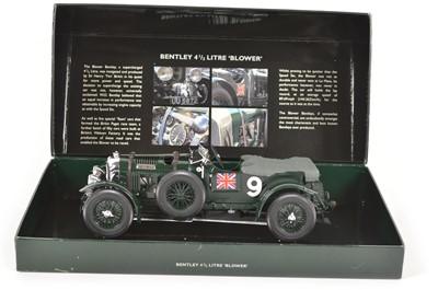 Lot 45 - Minichamps 1:18 scale model of a Bentley 4.5ltr (4 1/2) Blower racing car