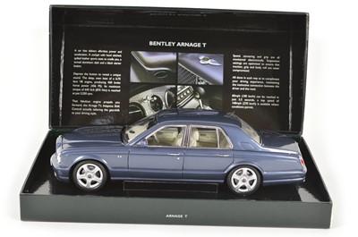 Lot 42 - Minichamps 1:18 scale model of a Bentley Arnage T Meteor