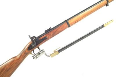 Lot Denix replica P53 percussion rifle