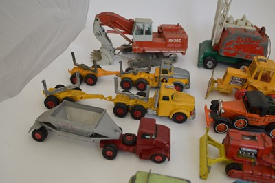 Lot Group lot of 15 construction and haulage...