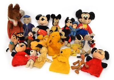 Lot 129 - 22 entertainment-themed toys and teddy bears