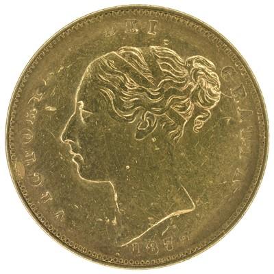 Lot 20 - Queen Victoria, Half-Sovereign, 1877.