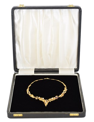 Lot 69 - A 1960s 18ct gold amethyst and cultured pearl necklace by Grossé