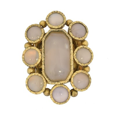 Lot 16 - A Victorian chalcedony clasp